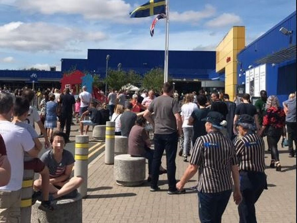 Ikea Bank Holiday Opening Times Warrington Ikea Warrington Evacuated After Fire Alarm Triggered