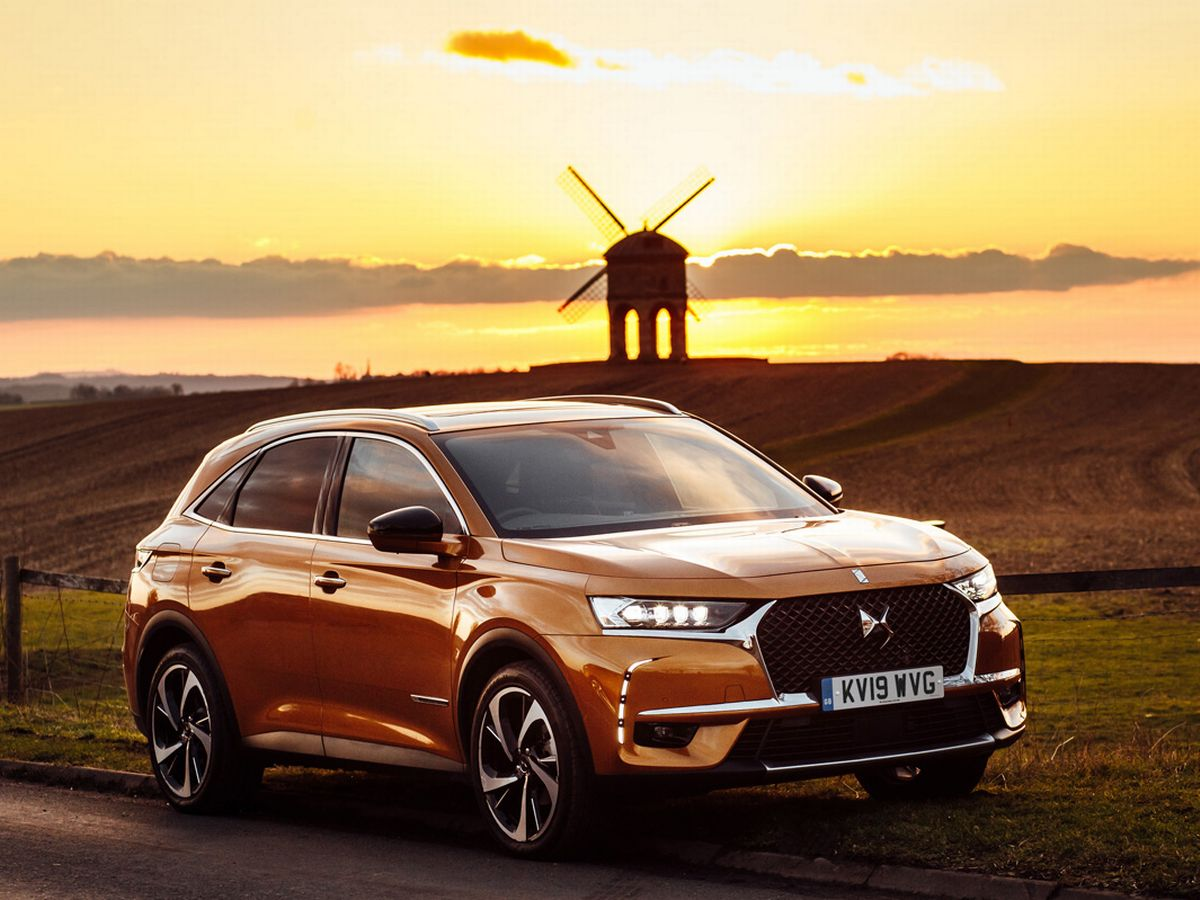 Citroen Ds7 Ds7 Crossback Review Ultra Smooth Suv Is Beautiful Stranger