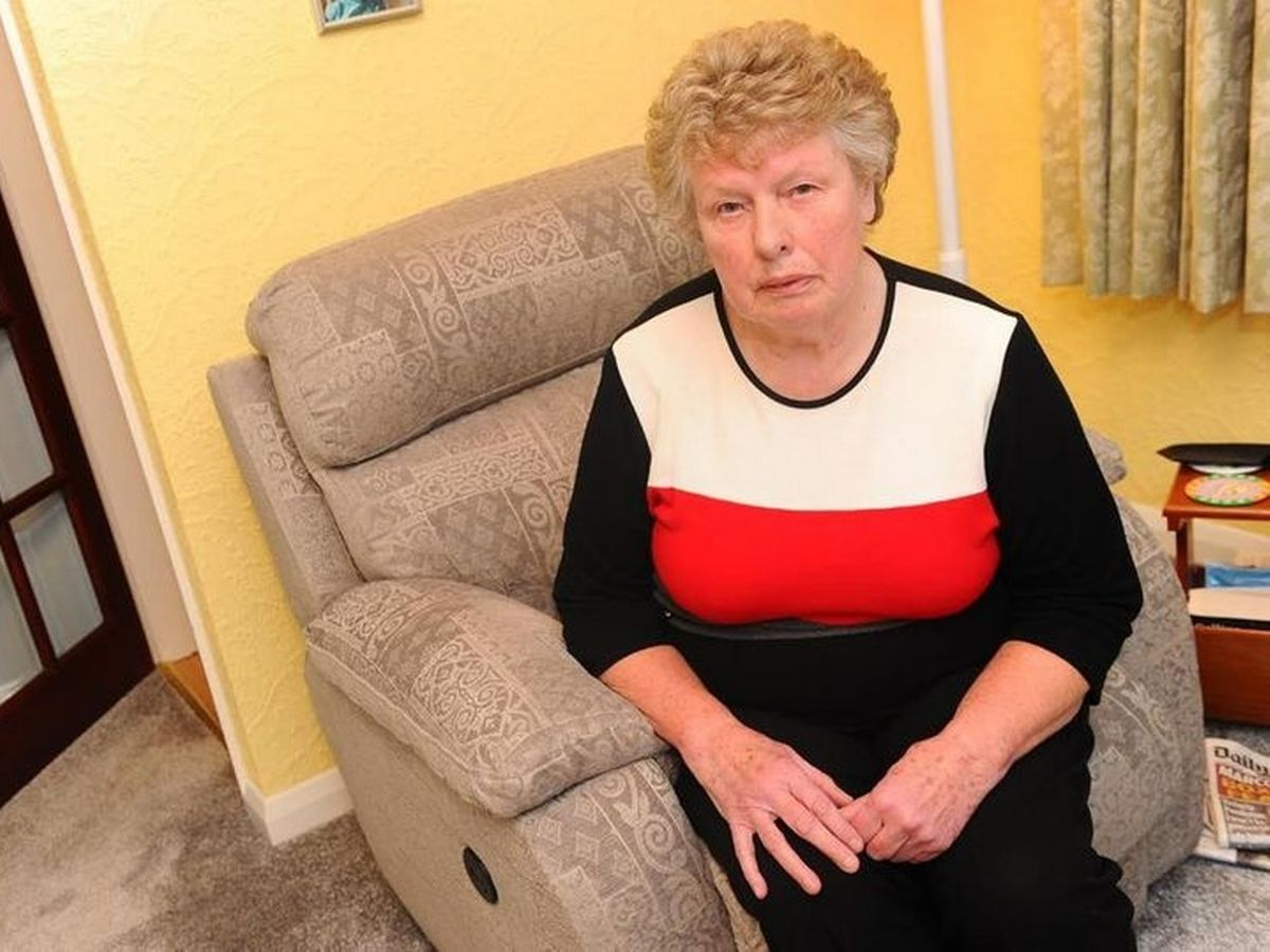 Great Grandma Left In Tears After Six Month Clash With Dfs Over Wrong Sofa Mirror Online