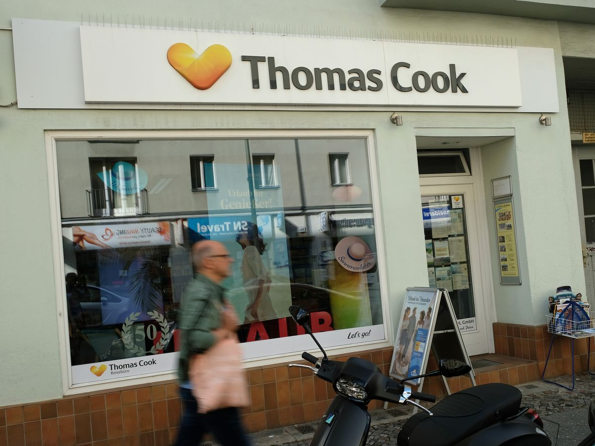 100 Euro Job Urlaubsanspruch All Thomas Cook Stores In Wales To Reopen With Original