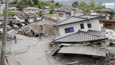 Japan earthquakes: Racing to find survivors - CNN