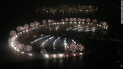 New Year's fireworks explode over Palm Jumeirah in Dubai, United Arab ...