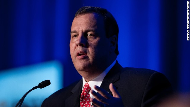On southern road trip, Christie preaches compromise