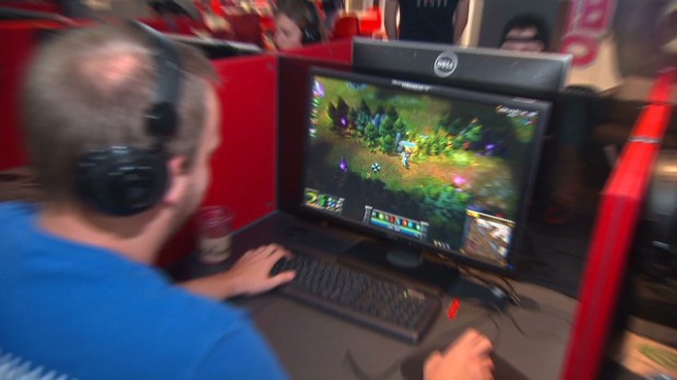 The life of a video game designer at Riot Games games - Video - game designer job description
