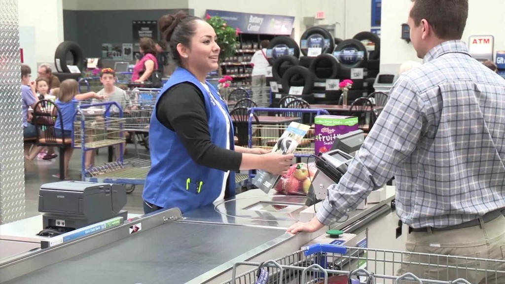 Costco\u0027s entry-level workers are getting a raise - costco jobs
