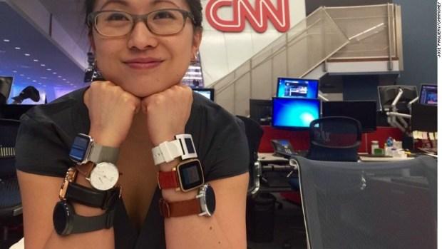 smartwatch review wrists