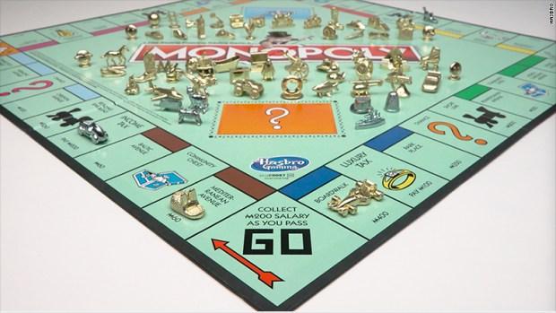 monopoly board tokens