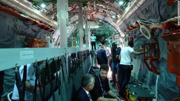 embraer kc-390 cargo deck paris air show