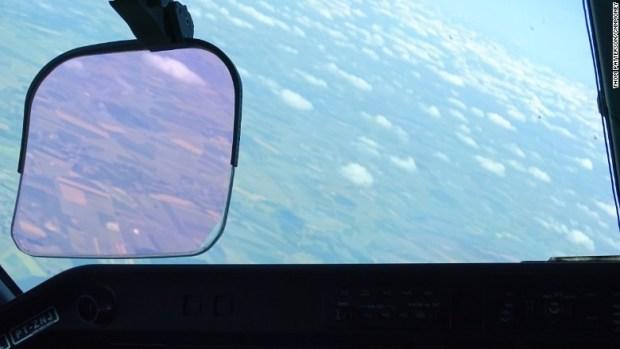 embraer kc-390 cockpit view paris air show