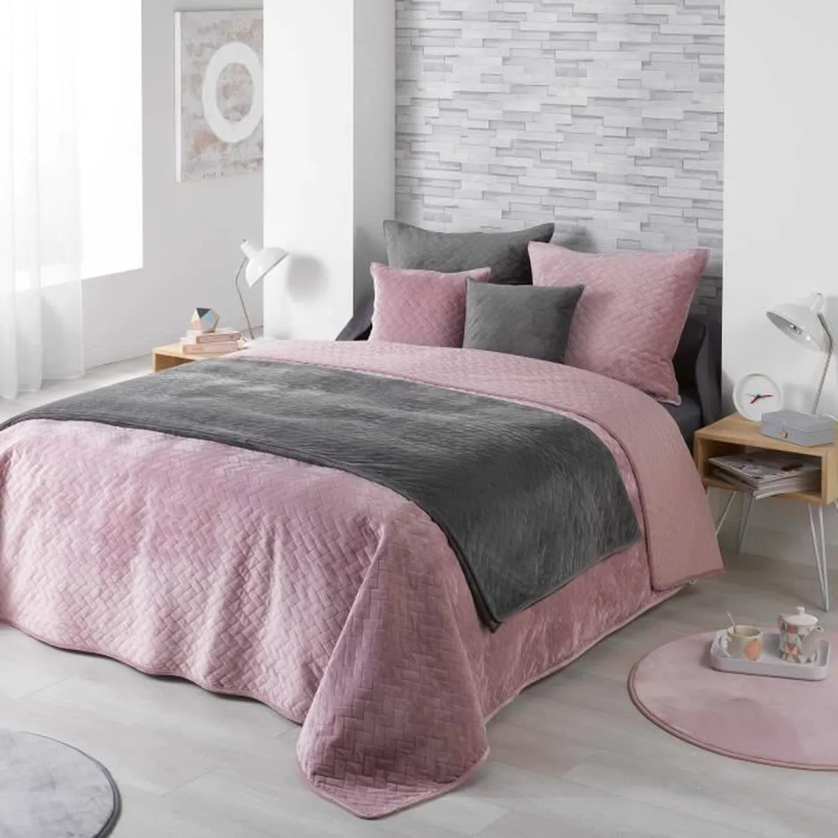 Couverture Lit 2 Places Couvre Lit 2 Pers Matelasse 220 X 240 Cm Velours Uni Bellanda Rose