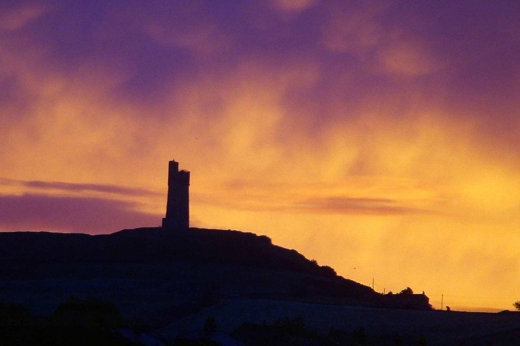 Home Lighting Yorkshire Huddersfield's Historic Castle Hill To Be Lit Up