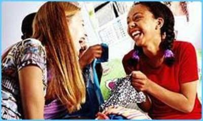 [Image - 82177] | Girls Laughing | Know Your Meme