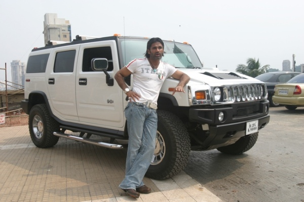Www Hummer Limousine Car Wallpapers Com India S Hummer Suvs And Their Famous Owners