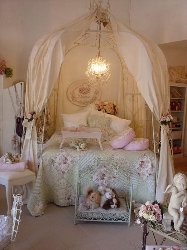 Cute Rose Wallpaper 33 Cute And Simple Shabby Chic Bedroom Decorating Ideas