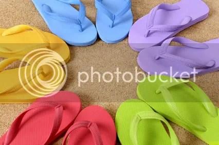 flip flops photo: flip flops circleofflip-flops.jpg