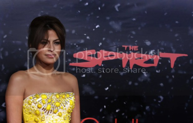 Eva Mendes at The Spirit premiere in LA
