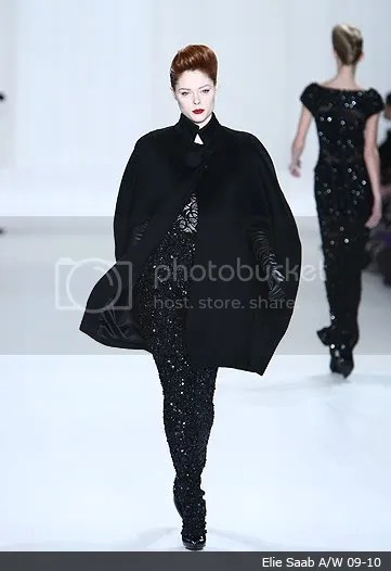 Capes/Capelets & Cloaks on the runway: Autumn(Fall)/Winter 2009-2010
