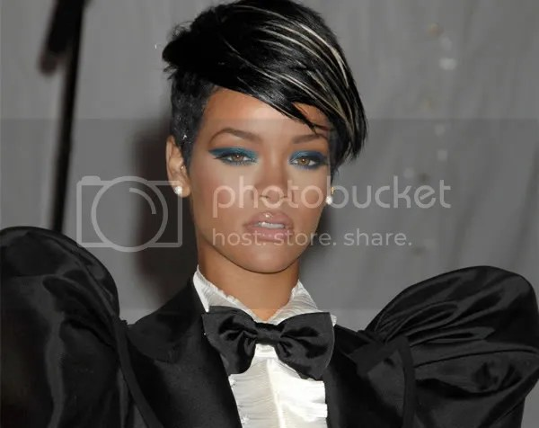 Rihanna in Dolce and Gabbana MET Gala 2009