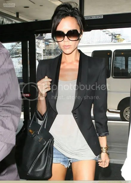 Victoria Beckham at LAX, June 7, 2009