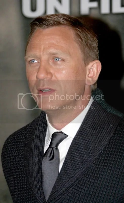 Daniel Craig at the Defiance premiere in Paris