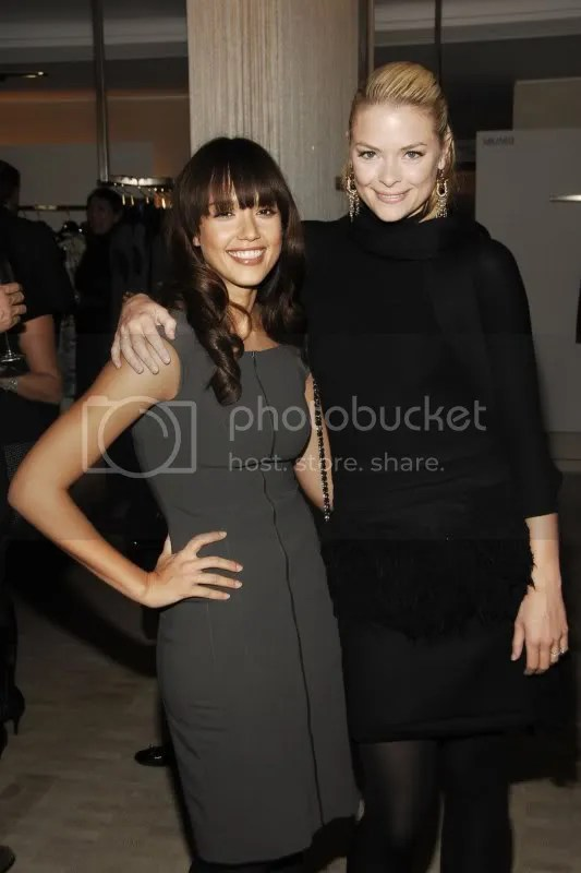 Jessica Alba at the Narciso Rodriguez book signing