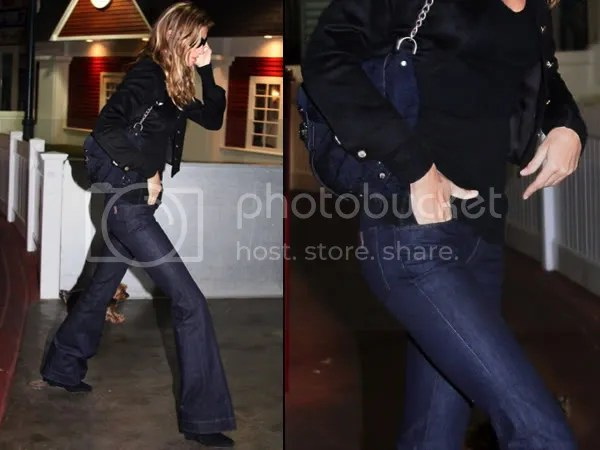 Gisele Bundchen in flared Notify Azalee jeans