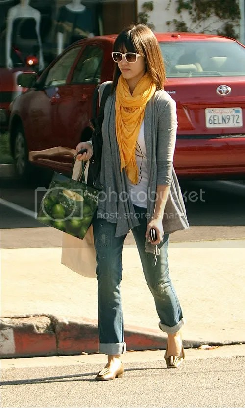 Jessica Alba in West Hollywood