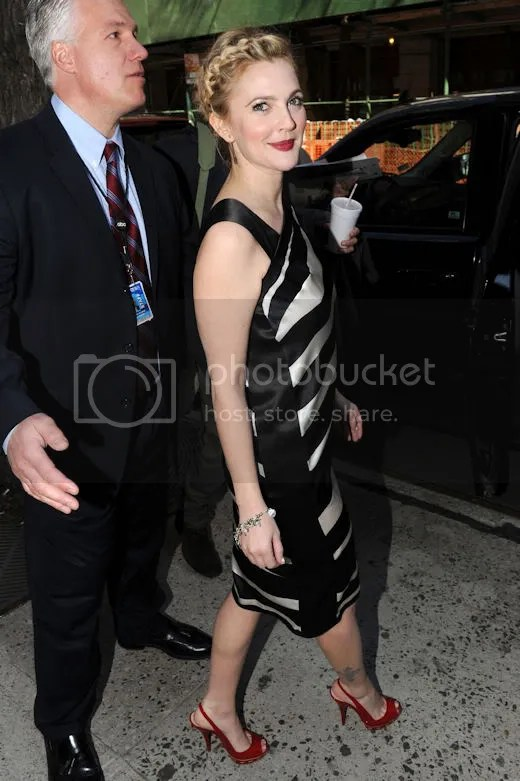 Drew Barrymore in New York: April 12, 2009