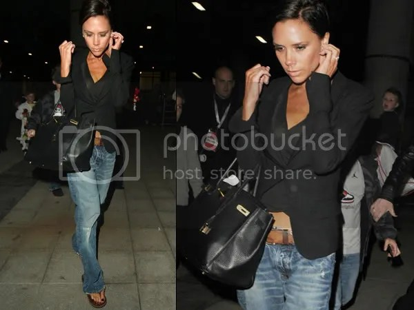 Victoria Beckham in the boyfriend jeans trend