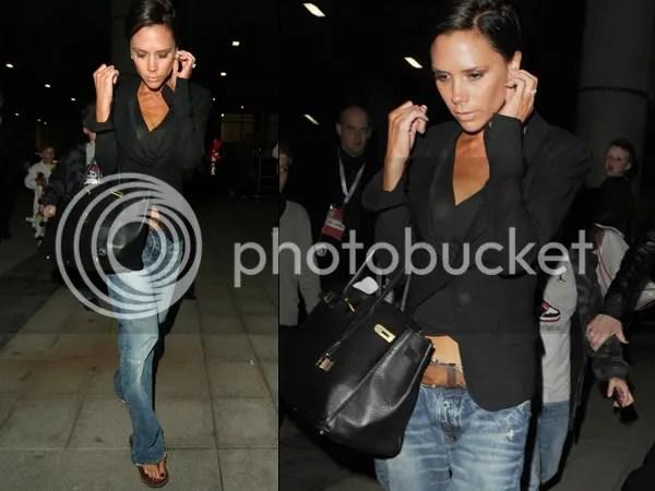 Victoria Beckham in the boyfriend jeans trend