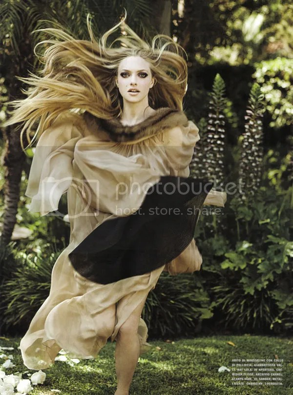Amanda Seyfried: Vogue Italia December 2009
