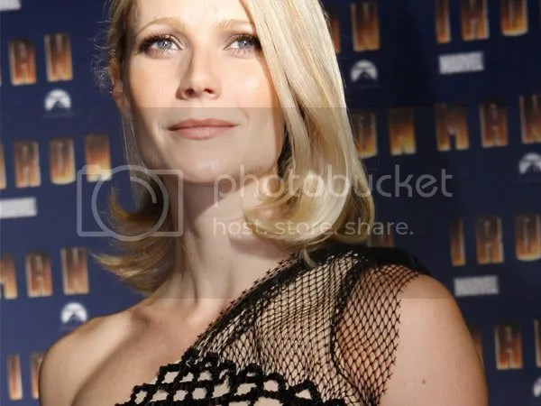 Gwyneth Paltrow single shoulder trend