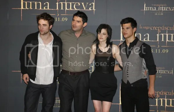 Kristen Stewart - The Twilight Saga New Moon photocall