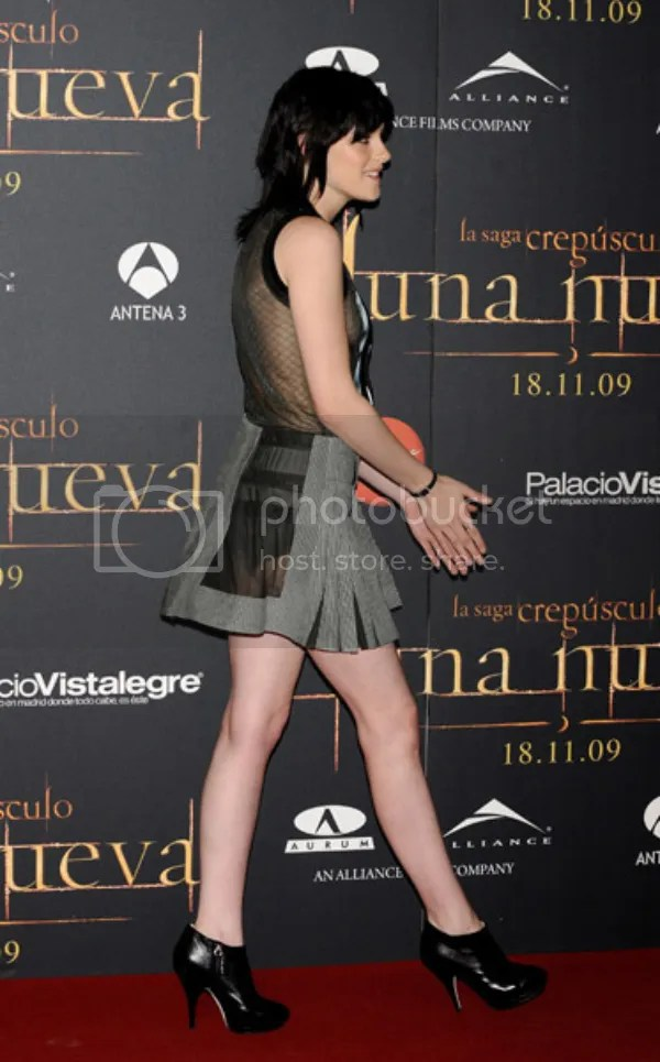 Kristen Stewart at Twilight: New Moon event in Spain