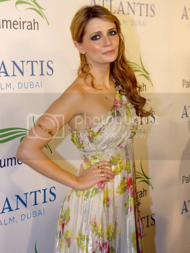 Mischa Barton in Matthew Williamson, Dubai