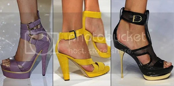 Ankle straps and buckles 2009 shoe trend