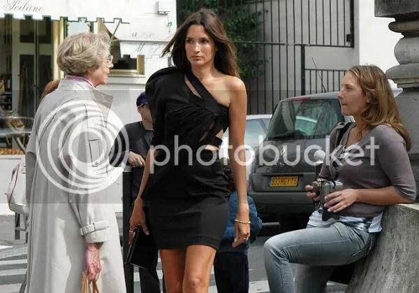 Astrid Munoz one-shoulder dress trend street style