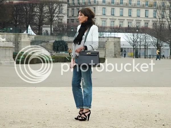 Boyfriend jeans street style, Paris