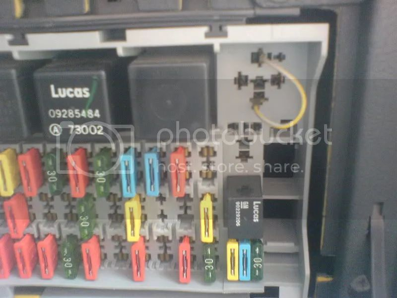 vauxhall astra breeze fuse box