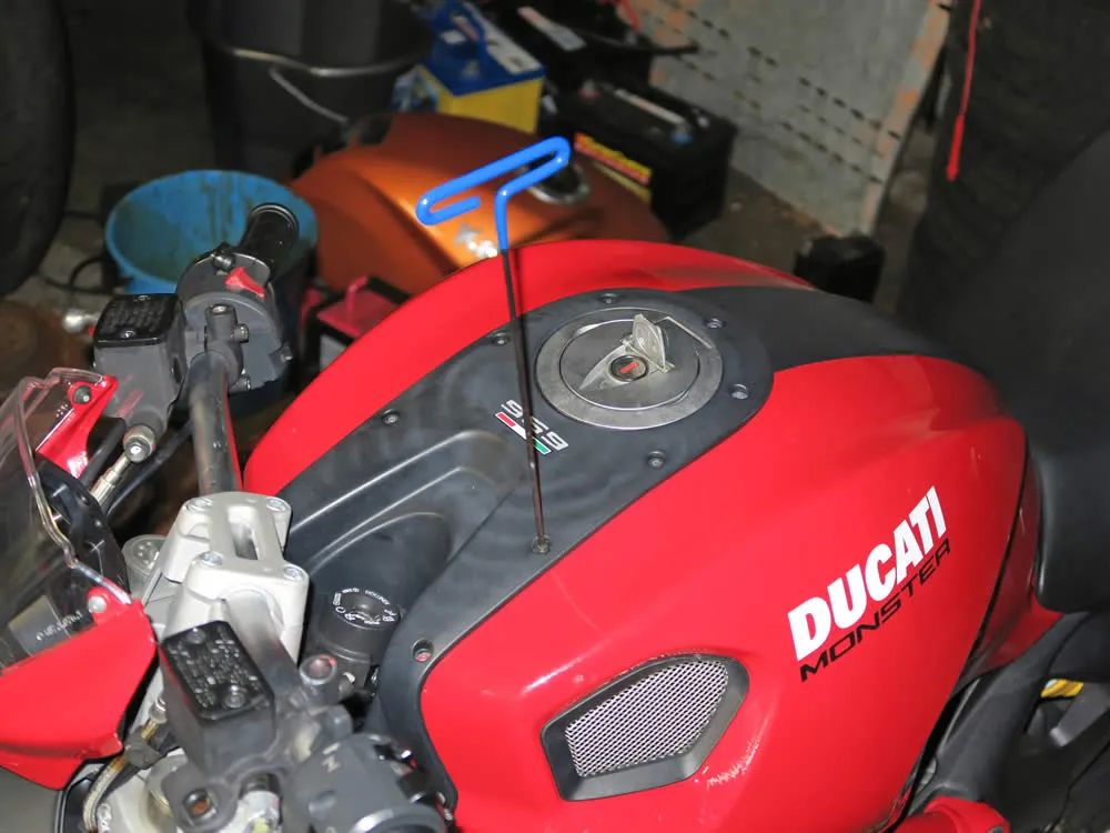 ducati monster 696 fuse box