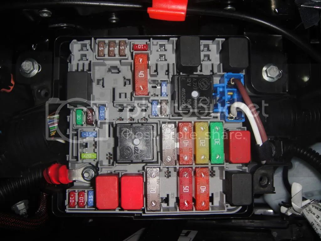 Fiat Idea Fuse Box Auto Electrical Wiring Diagram 2010 Ford Mustang For Tail Lihgt