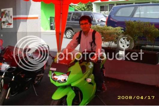 Taufik on 2008 ninja 250R