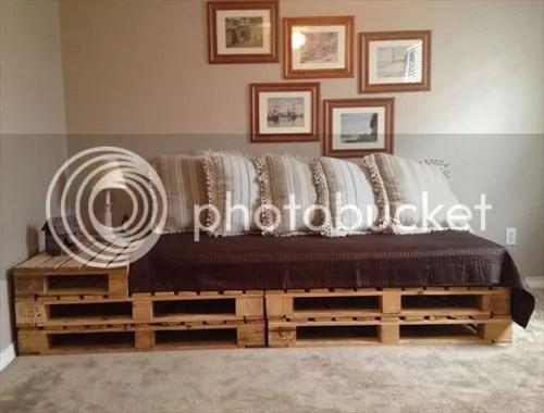 photo pallet-sofa_zpsiwfglatt.jpg