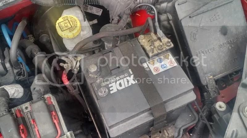 Technical DIY fix boot/trunk lid wiring loom 500C - in pictures