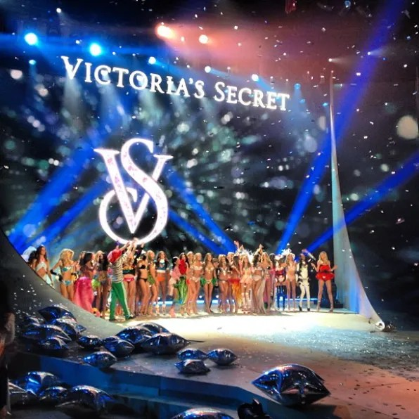 Victoria's Secret Fashion Show 2012 Finale