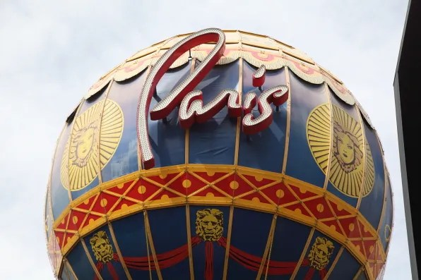 Paris, Las Vegas balloon