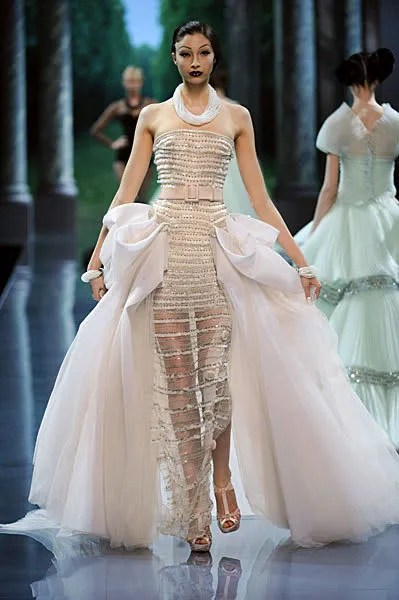 Christian Dior Haute Couture Fall 2008 Alexandra Agoston, Sugar Daddy (Classical Remix) - Di Johnston