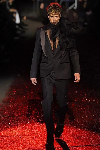 John Galliano menswear fall/winter 2009 2010