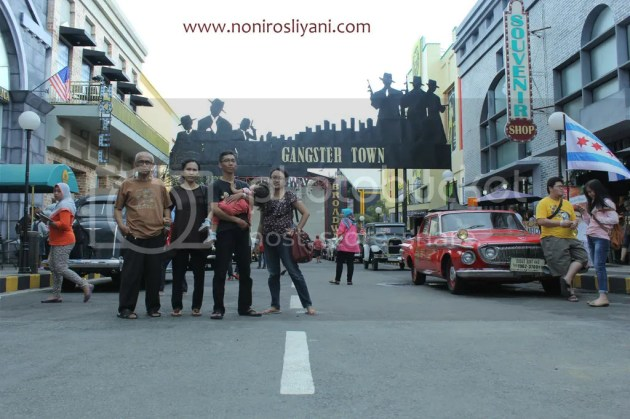 photo gangster town museum angkut_zps9dmadwly.jpg