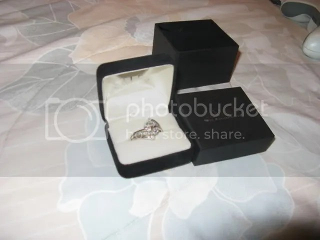 1/5 CT Diamond womans ring 10K White Gold! Worn once purchased from